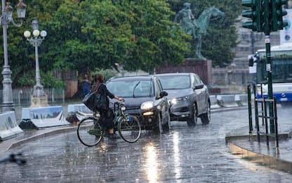 Maltempo ad Alba: strade invase dall'acqua e grandinate