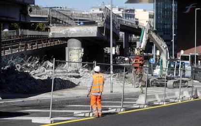 Roma, iniziata demolizione tangenziale Est