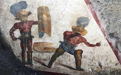 Pompei, scoperto affresco con un combattimento tra due gladiatori