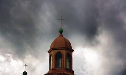 Allerta meteo in Toscana per martedì 15, pioggia e temporali