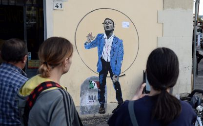 Renzi-zombie, il nuovo graffito di TvBoy. FOTO