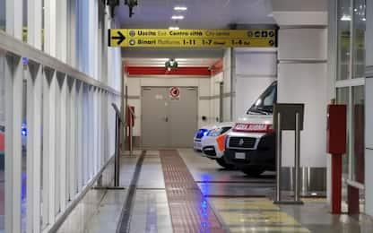 Scontro frontale tra auto nel Bergamasco: feriti tre bimbi, una grave