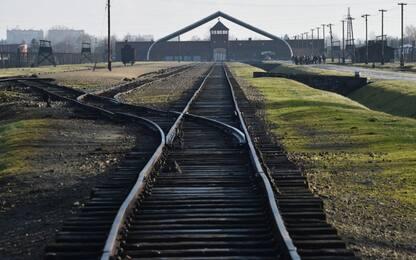 Il Comune di Predappio nega i fondi per il viaggio ad Auschwitz