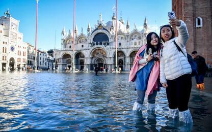 Acqua alta Venezia, in Laguna torna il sole. Ma restano i disagi VIDEO