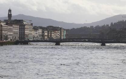Maltempo in Toscana, sale il livello dell'Arno. FOTO