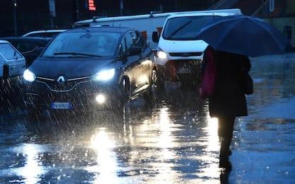Maltempo: pioggia e vento forte, danni e frane in Liguria
