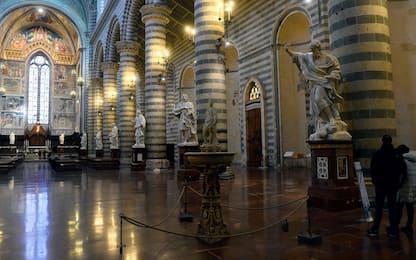 Duomo di Orvieto, tornate le statue di Apostoli e Protettori