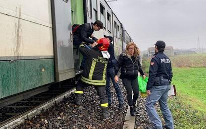 Guasto elettrico su un treno nel Bergamasco, disagi per i pendolari