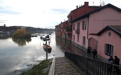 Maltempo in Lombardia, esonda il lago Endine nel Bergamasco