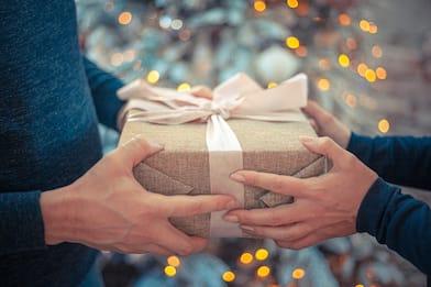Col riciclo dei regali si risparmiano 3,3 miliardi di euro