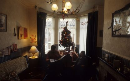 Luci di Natale vanno cortocircuito, muore un pensionato ad Agliana