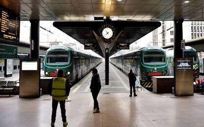 Trenord, mercoledì 8 gennaio sciopero di 23 ore: treni a rischio