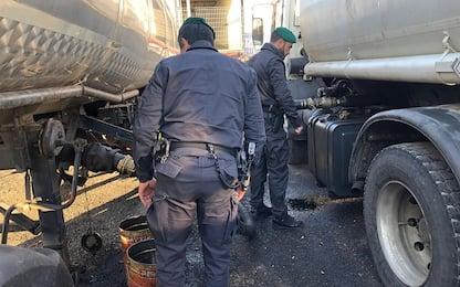 Caserta, sequestrate 23 tonnellate di gasolio lungo l'autostrada A1