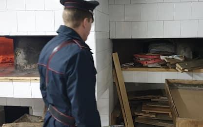 Duecento chili di pane sequestrati tra Napoli e provincia