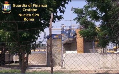 'Ndrangheta, mani della cosca Grande Aracri su Cutro: 3 arresti