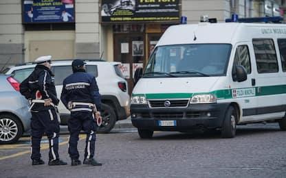 Torino, durante lite strappa orecchio a morsi a rivale: arrestato