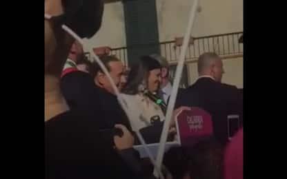 """Berlusconi su Santelli: """"In 26 anni non..."""". Pd e M5s: Frase sessista"""