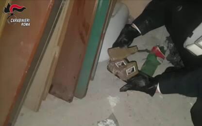 Blitz antidroga a Roma, arrestati 7 pusher: tra loro anche un minore