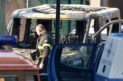 Milano, incendio in scuola polizia locale: indaga pool antiterrorismo