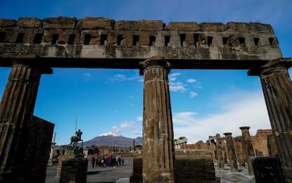 Archeologia, Pompei: cede parte di un paramento di parete esterna