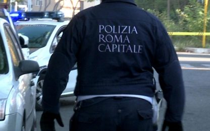 Roma, fugge all'alt e provoca incidente: arrestato