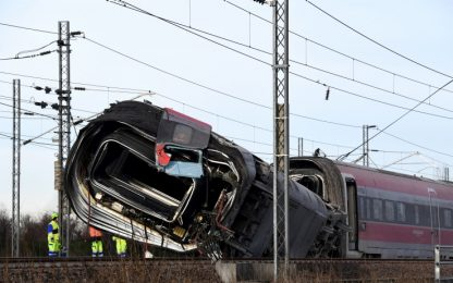 Treno deragliato Lodi, riattivata alta velocità Milano-Bologna