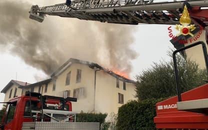 Incendio a Busnago, in fiamme villetta in provincia di Monza