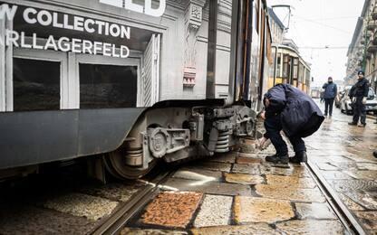 Incidente a Milano, tram deraglia in corso Colombo: nessun ferito