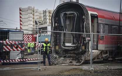Treno deragliato a Lodi, ci sono 12 nuovi indagati