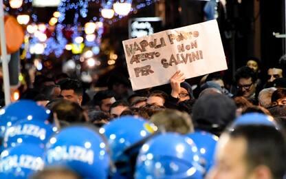 Napoli, corteo anti-Salvini fermato dalla polizia. VIDEO