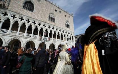 Coronavirus, stop al Carnevale di Venezia. Chiusi musei e scuole