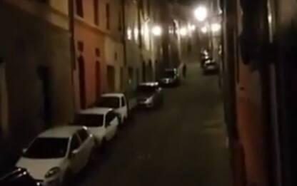 """Coronavirus, il canto dalle finestre: """"Viva la nostra Siena"""". VIDEO"""