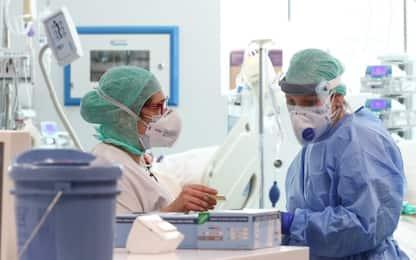 Coronavirus, quasi 30mila operatori sanitari contagiati in Italia