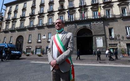 Whirlpool Napoli, domani luci spente nella sede del Comune