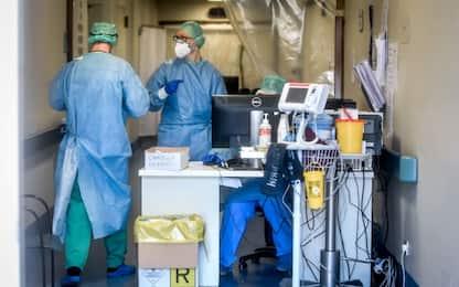 Coronavirus, morti in Italia altri 9 medici e 2 infermiere