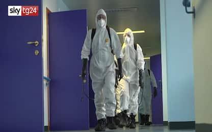Coronavirus, l'Esercito sanifica un reparto Rsa a Collegno. VIDEO