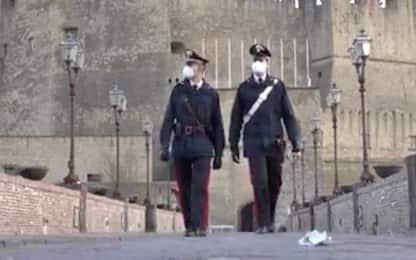 Napoli, rapina un'anziana dopo tentativo truffa: fermato da vigilantes