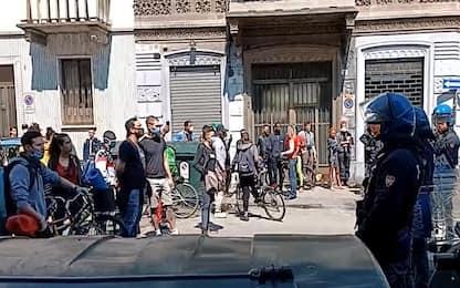 Torino, raduno anarchici in Corso Vercelli: due denunciati. VIDEO