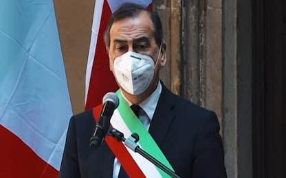 """Coronavirus Milano, Sala: """"Modificate regole per il lavoro in Comune"""""""