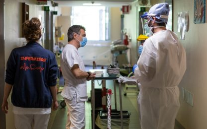 Coronavirus Lombardia: calano i contagi, aumentano i decessi