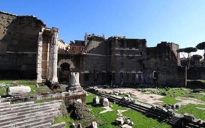 Roma, cade nell'area archelogica dei Fori di Augusto: ferito turista