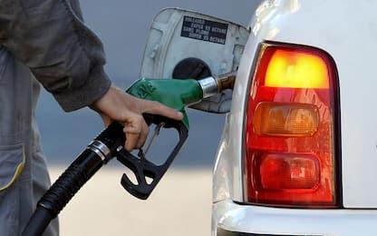 Cremona, i furbetti del cashback: 5 strisciate per 20 euro di benzina