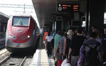 Abbonamenti Alta velocità, Trenitalia dimezza i rincari