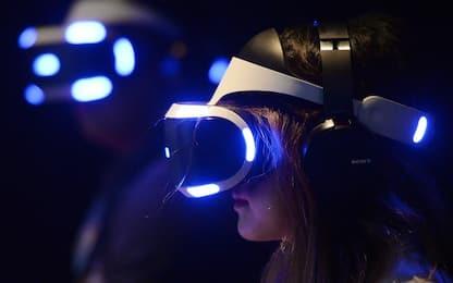 Sony, secondo un brevetto il prossimo PlayStation VR 2 sarà wireless
