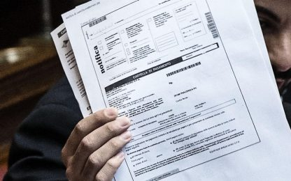 A fine mese scade sospensione per 50 milioni di cartelle esattoriali