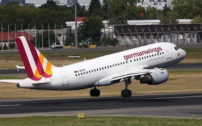 Coronavirus, Lufthansa chiude Germanwings