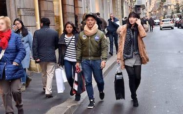 Fotogramma_Shopping_Milano_via_Montenapoleone