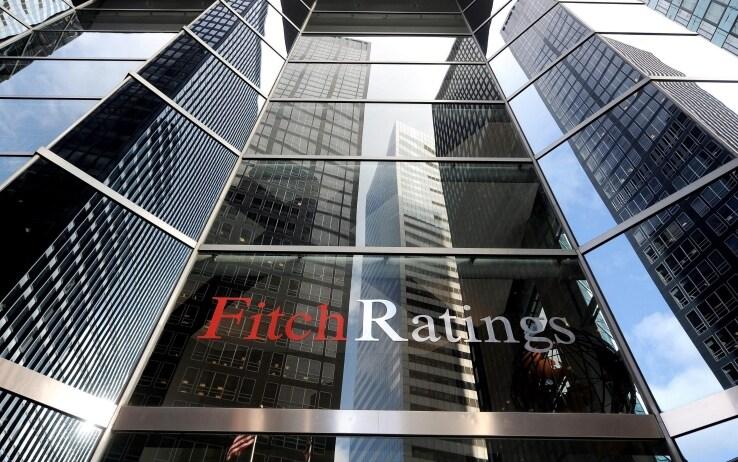 Crisi governo, Fitch: con esecutivo debole crescita a rischio