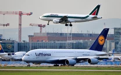Slitta la vendita di Alitalia, per Lufthansa va ristrutturata