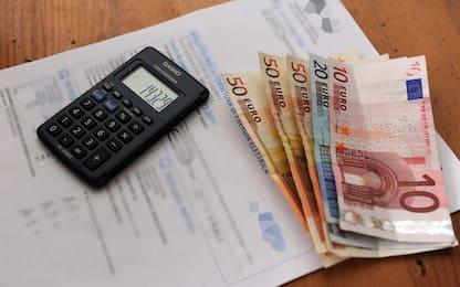 Bollette, tariffe meno care da aprile: elettricità -18,3% e gas -13,5%